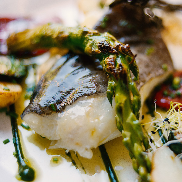 Cod confit with green vegetables and gratin alioli